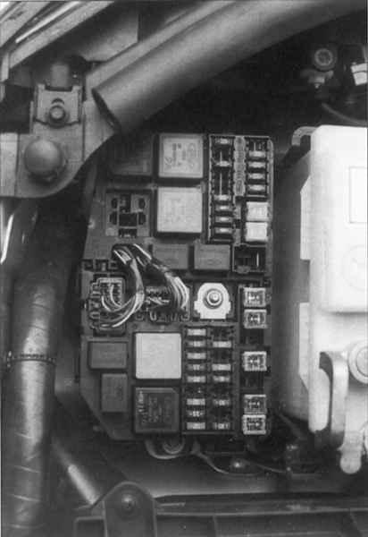 Монтажный блок Ford Mondeo