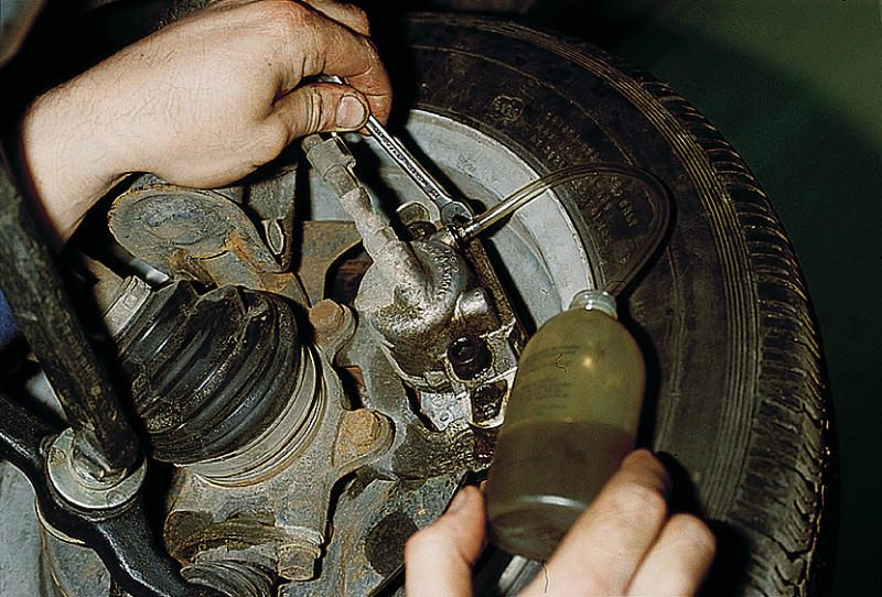 Схема прокачки тормозов ваз 2110