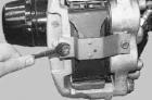 Замена передних колодок УАЗ Патриот