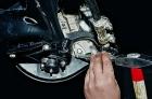 Замена тормозного суппорта Ваз 2106