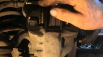 Как на Ваз 2107 поменять передние тормозные колодки